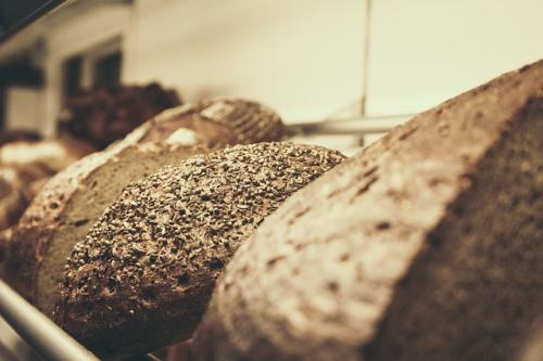 bread-617225_640